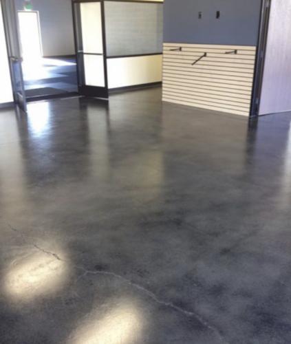 Interior-Industrial-Look-Floors-3