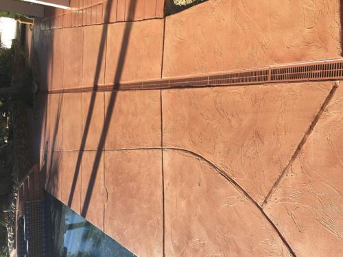 Semi-Transparent-Concrete-Stain-40